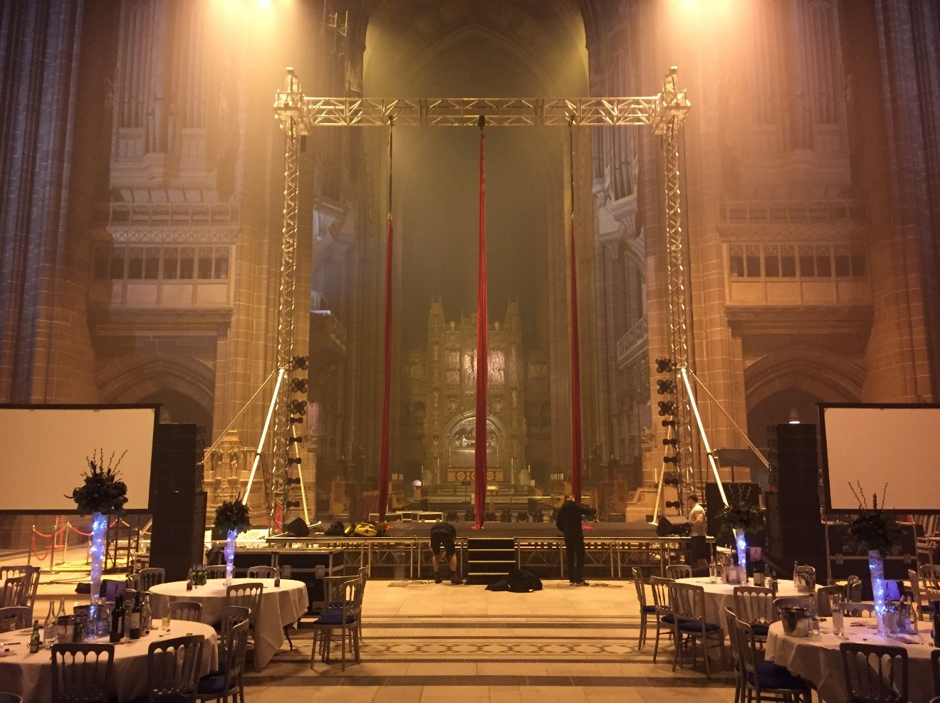 Aerial Artists in Liverpool Cathedral